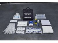 Nissan Versa Family Travel Clean-up Kit - 999M1-NX000
