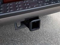Nissan 999T5-W3200 Tow Hitch Receiver, Class IV